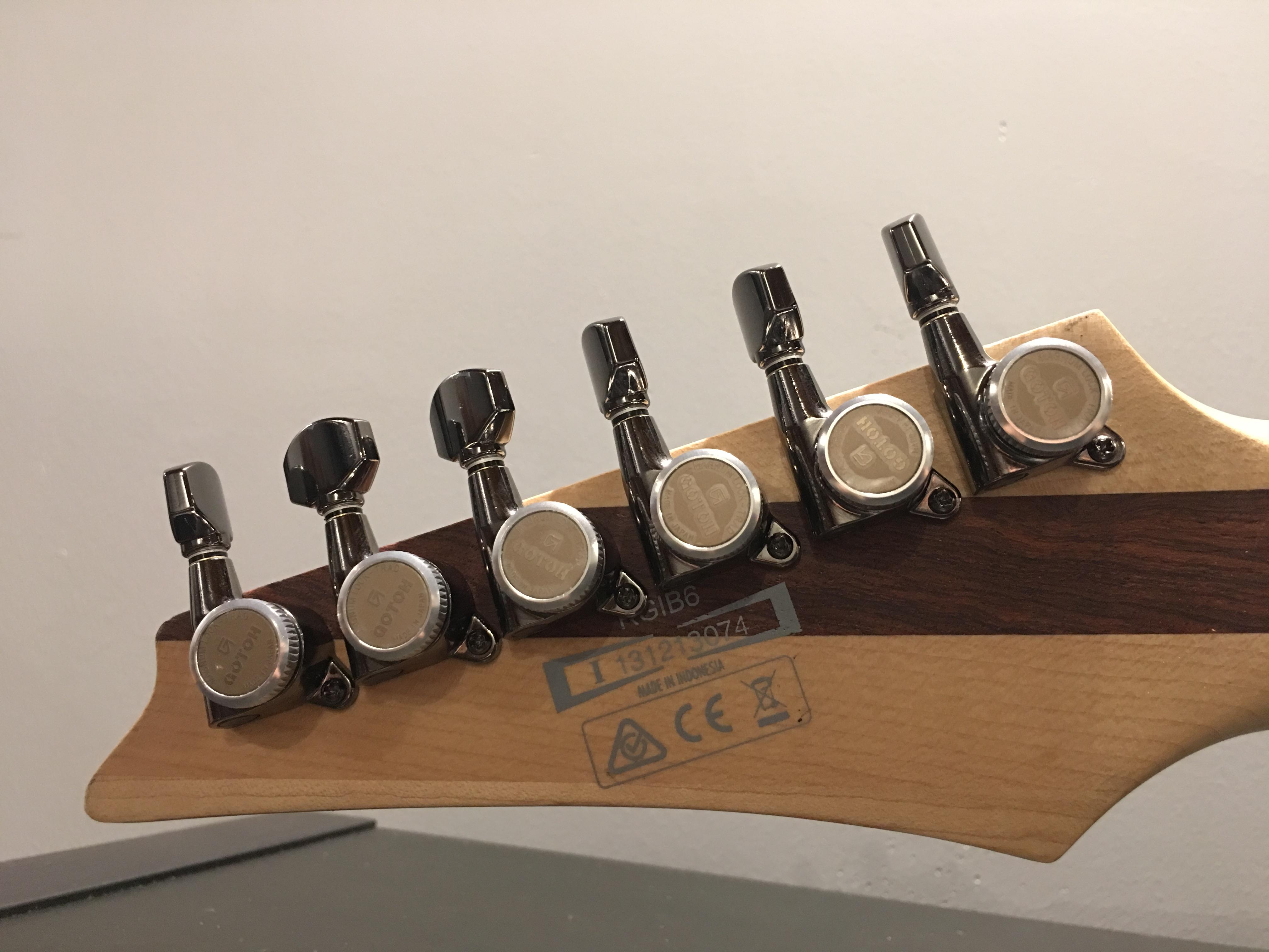 Locking Tuners for Ibanez?-img_0448-jpg