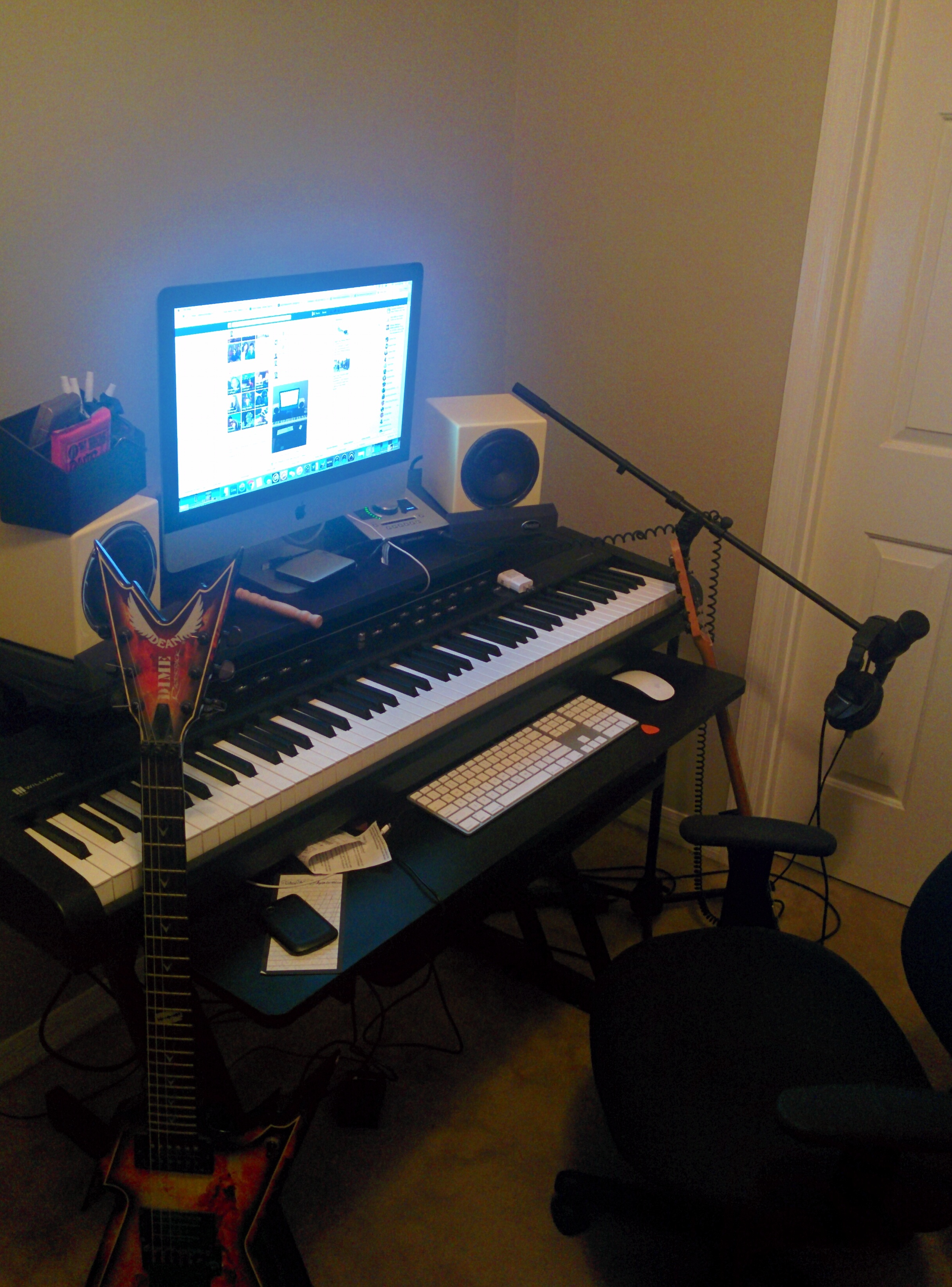 Post pictures of your setup(big or small)-img_20161023_205842-jpg