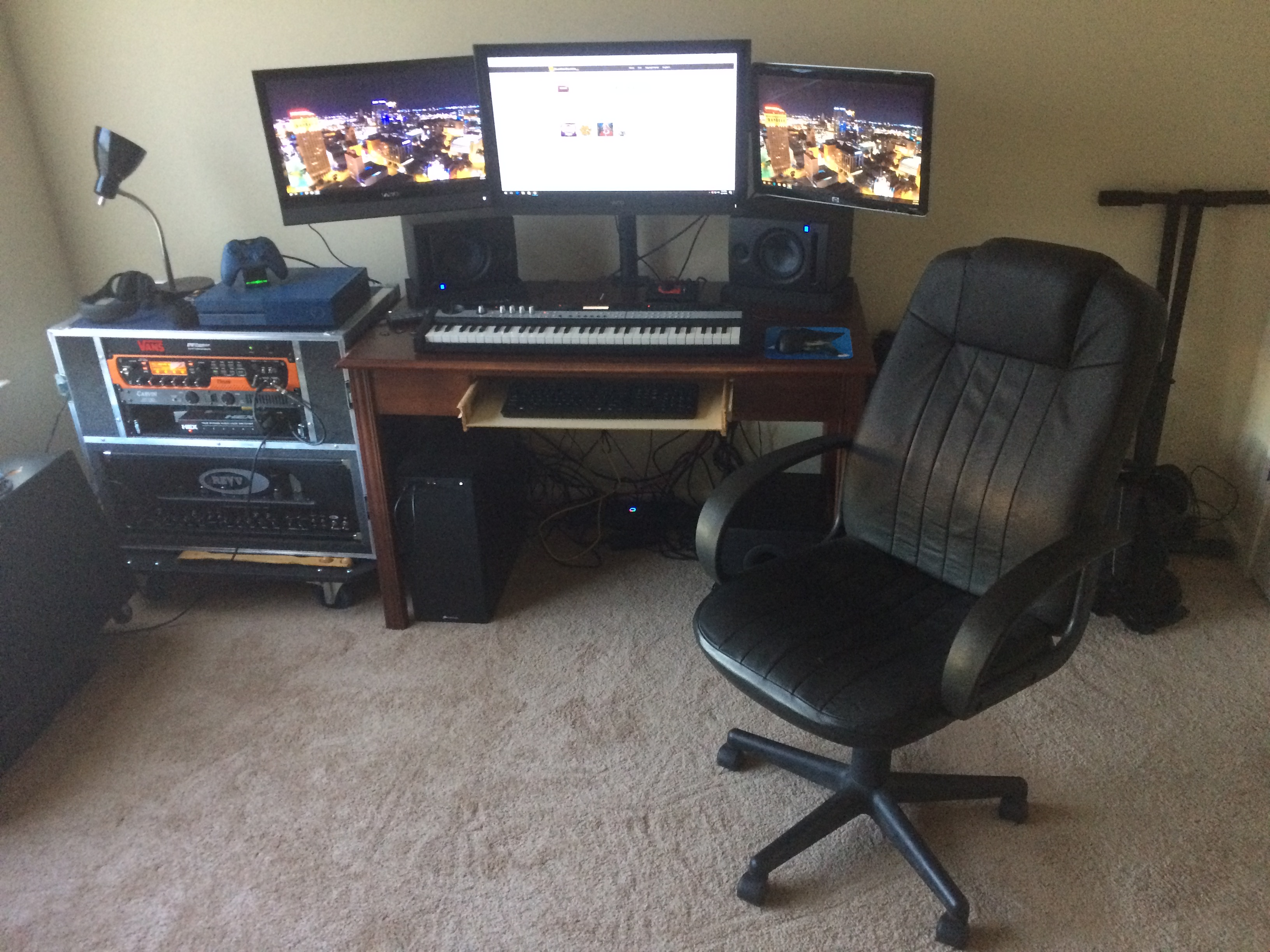 Post pictures of your setup(big or small)-img_2925-jpg