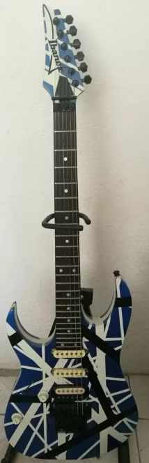 Convert left-handed guitar to right-handed-perra-png