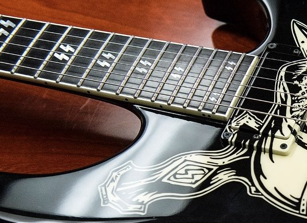 Hanneman's personal guitars up for grabs-screen-shot-2015-07-22-7-50-57-pm-png