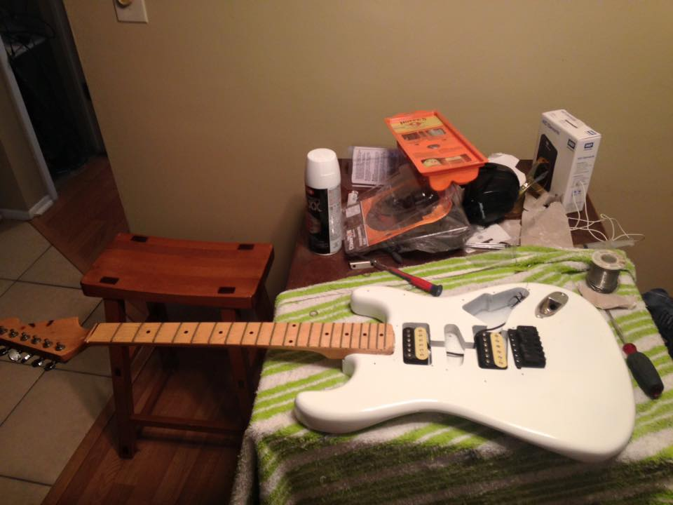 New Project guitar thinking Adrian Smith Clone-white-strat-2-jpg