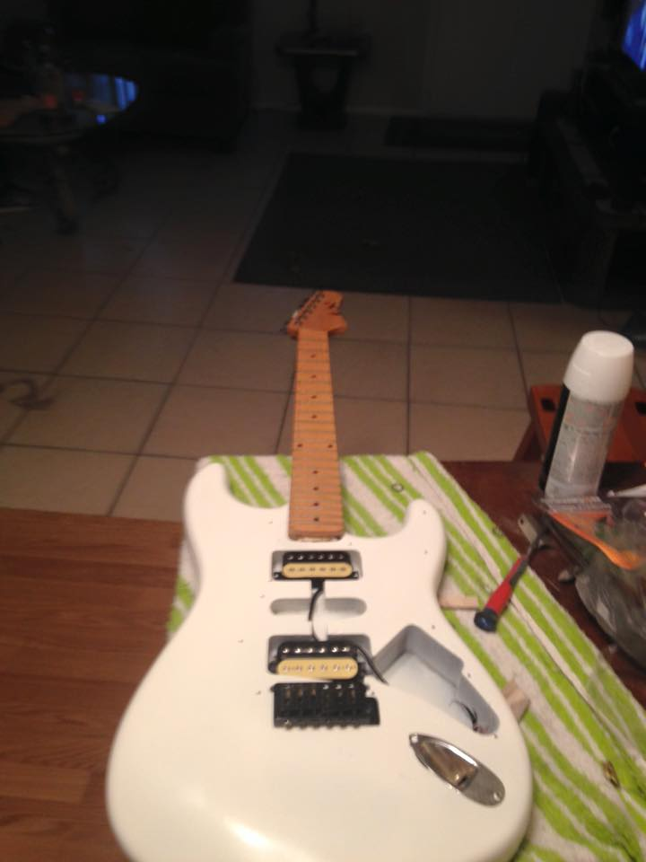 New Project guitar thinking Adrian Smith Clone-white-strat-3-jpg