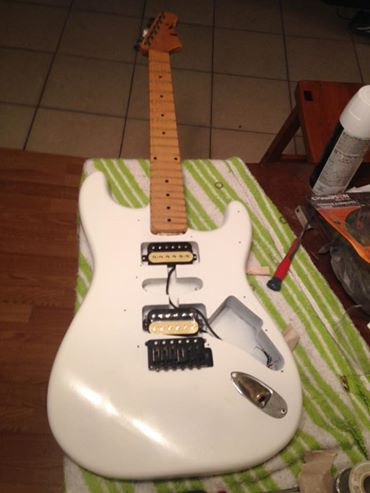 New Project guitar thinking Adrian Smith Clone-white-strat-jpg